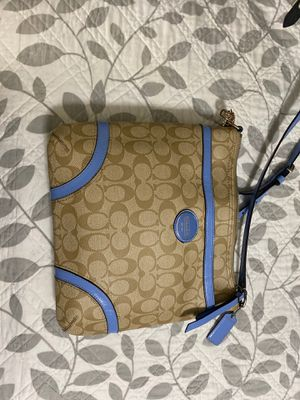 Brand new coach purse (never used) for Sale in Tucson, AZ