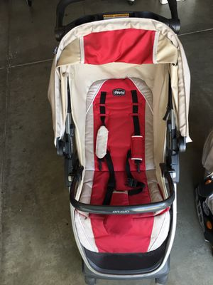 Chicco infant car seat and stroller for Sale in Corona, CA