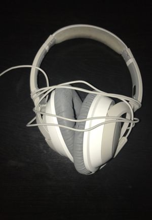 Bose wired headphones for Sale in Auburn, WA