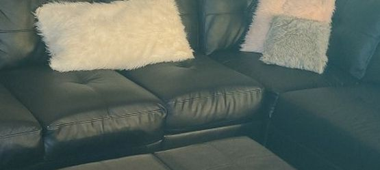 L Shape Couch With Ottoman for Sale in Denver,  CO