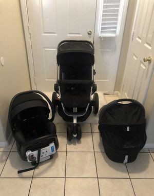 QUINNY BUZZ STROLLER SET INCLUDES BASSINET MAXI COSI CAR SEAT BASE AND 2 ADAPTER SETS for Sale in Riverside, CA