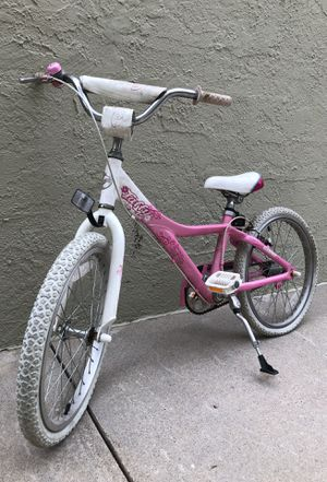 2009 Giant Taffy girl's white and pink bike for Sale in Los Angeles, CA