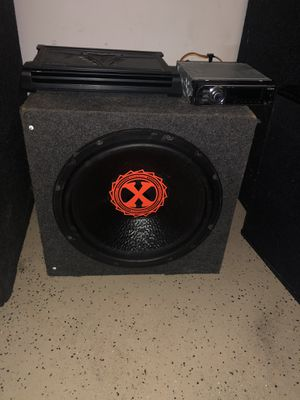 15 inch powerbass sub w/ kicker amp and radio hablo español/English for Sale in Chicago, IL