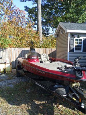 2005 triton TR 186 bass boat for Sale in South Attleboro, MA