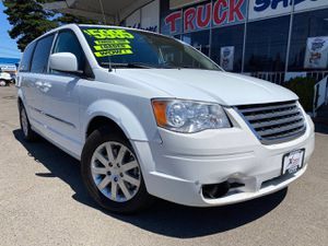 2014 Chrysler Town & Country for Sale in Woodburn, OR