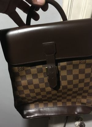 Louis Vuitton bag for Sale in Boston, MA