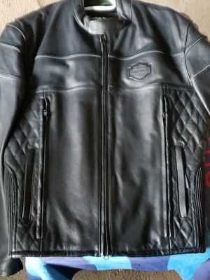 Men's large leather harley jacket worn 1 time PRICE FIRM for Sale in Overland Park, KS