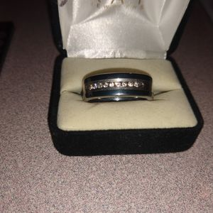 Men's Tungsten Carbine Wedding Ring Size 11 for Sale in Boonville, IN