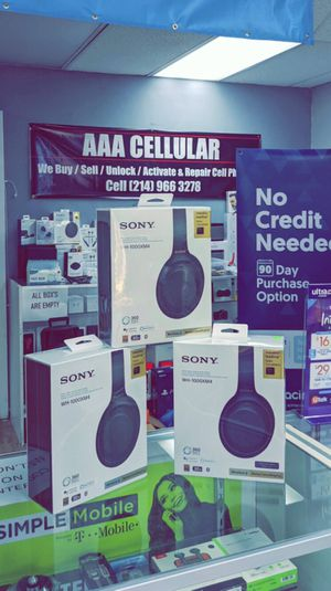 Sony - WH-1000XM4 Wireless Noise-Cancelling Over-the-Ear Headphones - Brand New in Box for Sale in Arlington, TX