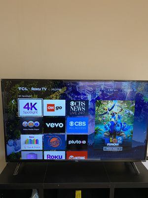 "TCL""50 TV with Roku for Sale in Champaign, IL"