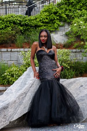 $300!! Prom dress for Sale in Atlanta, GA