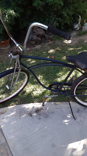 Bicycle schwinn cruiser for Sale in Long Beach, CA