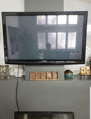 47 in Works great Flatscreen Panasonic tv for Sale in Corona, CA