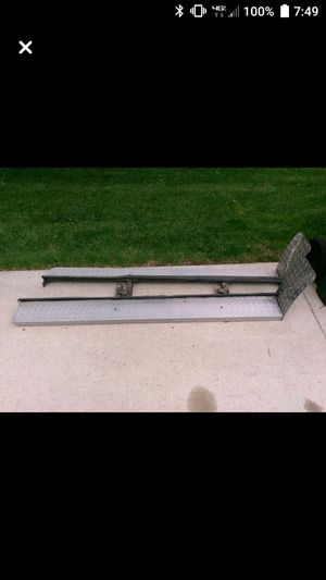 DeeZee Running boards for S-10 for Sale in Waterloo, IA