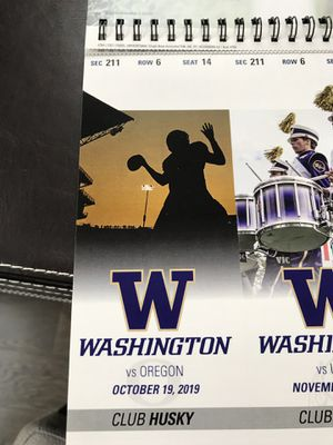 Club Husky UW Football Seats (2) vs Oregon for Sale in Kirkland, WA