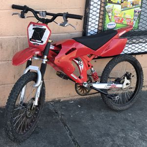 Dirt bike for Sale in Baltimore, MD