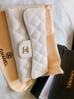 White Chanel Wallet for Sale in Phoenix, AZ