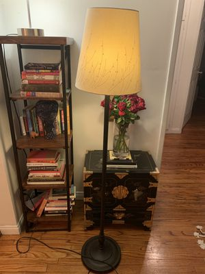 *MOVING SALE* Floor and Table Lamp For Sale for Sale in Santa Monica, CA