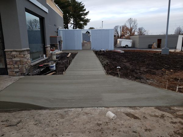 We do all small or large concrete work driveway sidewalks independent outlets of beismant concrete bleachers for jobs call {contact info removed}