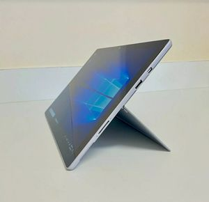 Microsoft Surface Pro 4 12.3 in Intel Core i5-6300U 4GB RAM 128GB SSD Windows 10 for Sale in Los Angeles, CA