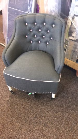 Kids chair - new for Sale in Dallas, TX