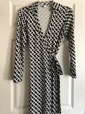 Designer dress Diane von Furstenberg size 4 for Sale in Mill Creek, WA