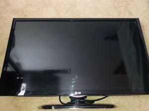 LG TV for Sale in Upper Marlboro, MD