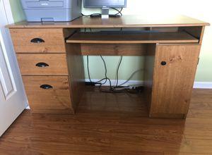 Computer Desk for Sale in Carol Stream, IL