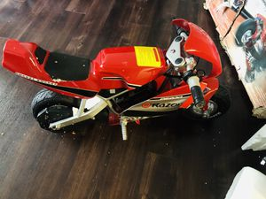 Razor 24 Volt Mini Electric Motorcycle Pocket Rocket for Sale in Houston, TX