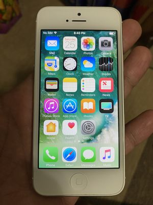 Iphone 5 16GB by AT&T for Sale in Alhambra, CA