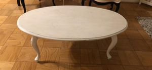 Antiqued Oval Coffee Table for Sale in MARTINS ADD, MD