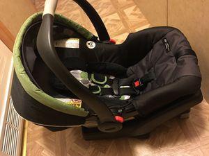 Graco baby car seat for Sale in Draper, UT