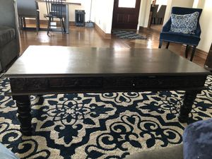 Coffee table for Sale in Fowler, CA
