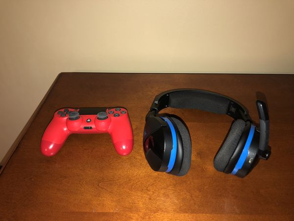 Turtle Beach Stealth 600 Wireless Gaming Headset for PS4 with a Custom Red PS4 Controller