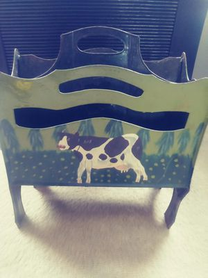 COW MAGAZINE RACK for Sale in PA, US