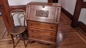 Antique desk and chair for Sale in Huntington Park, CA