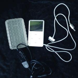 Gen 6 Classic Apple Ipod. 80GB Model # A1238 for Sale in Dallas, TX