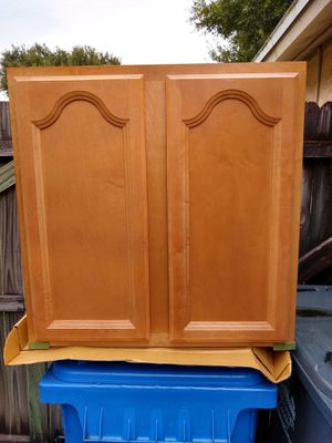 Kitchen cabinets, Shenandoah Cathedral in a maple spice finish New in the boxes. for Sale in Tampa, FL