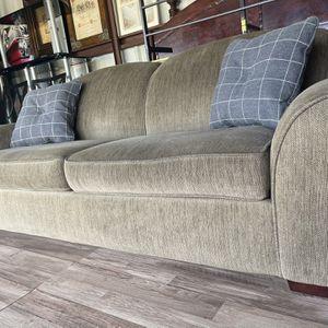 Couch for Sale in Winter Garden, FL