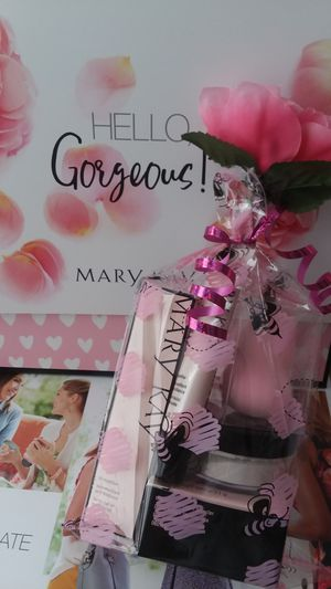Mothers day gift sets for Sale in Maywood, IL