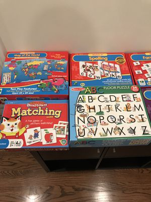 Puzzles, games for Sale in Mount Prospect, IL
