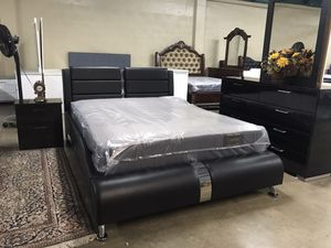 Brand new queen size bedroom set $859 for Sale in Hialeah, FL