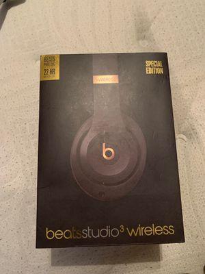 Beats studio 3 wireless. for Sale in Las Vegas, NV