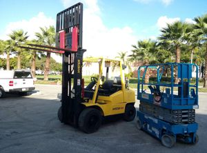 Parts for forklift , scissor lifts , boomlifts , scrubbers, sweepers, golf cars and construction equipment for Sale in Miami, FL