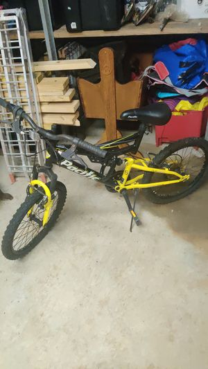 Kids mountain bike for Sale in Liberty Hill, TX