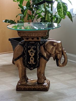 End table stand Elephant for Sale in Waxhaw, NC