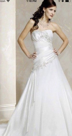Maggie Sottero A-line Wedding Gown, size 6 for Sale in Greenville, SC