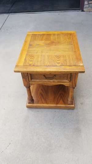 Drexel Heritage End Table. USA Solid Wood for Sale in Arvada, CO