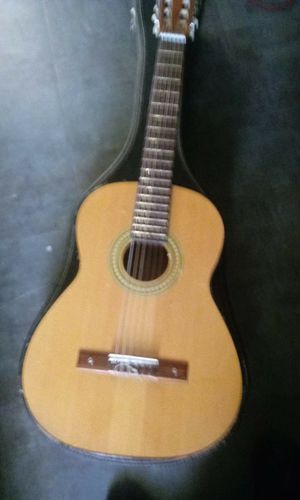 Acoustic Guitar for Sale in Woonsocket, RI