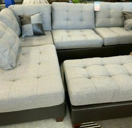 Brand New Reversible Grey Linen Sectional Sofa Couch + Ottoman for Sale in Laurel,  MD